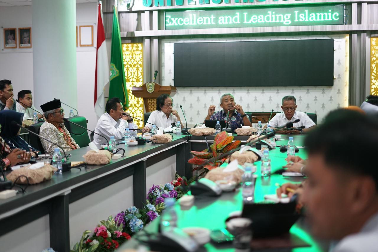 Jelaskan Konsep Kampus Merdeka dari Mendikbud RI, LLDIKTI X Undang APTISI Riau dan Pimpinan PTS