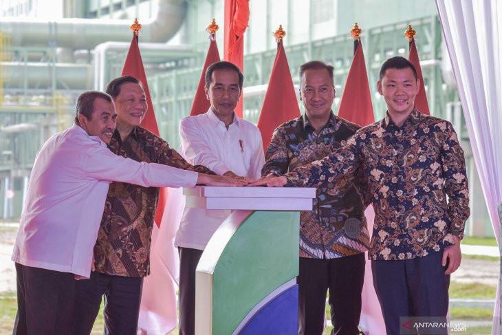 Presiden Joko Widodo Resmikan Pabrik Asia Pacific Rayon di Riau, Kagumi Teknologi Canggih APR