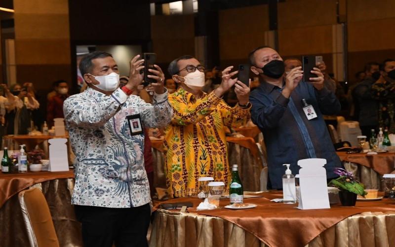 Berikan Layanan Prima, Bank Riau Kepri Mobile Resmi Luncurkan Fitur Pembayaran QRIS
